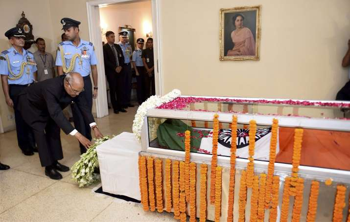 India Tv - President pay final tributes to Marshal Arjan Singh