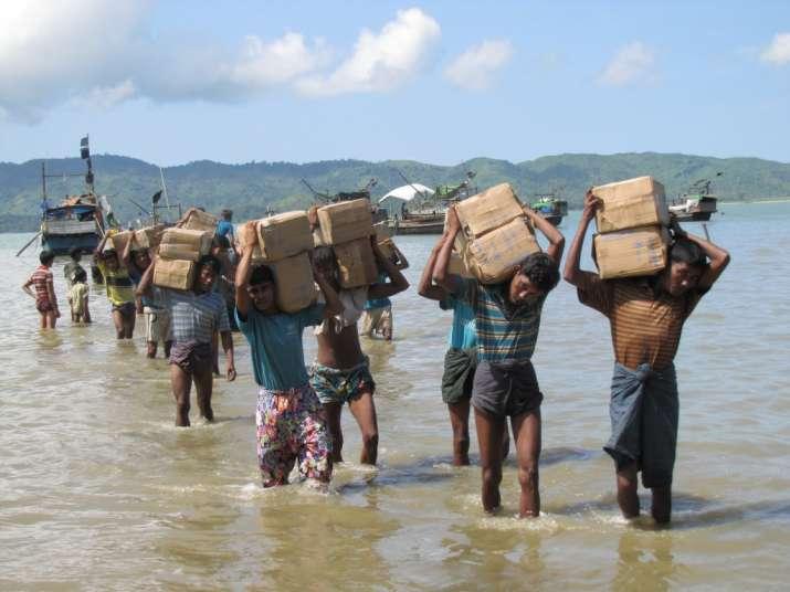87,000 Rohingya Muslim migrants arrive in Bangaldesh from