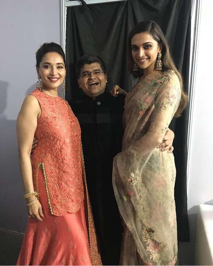 India Tv - Deepika Padukone and Madhuri Dixit at Jio Filmfare Awards Marathi