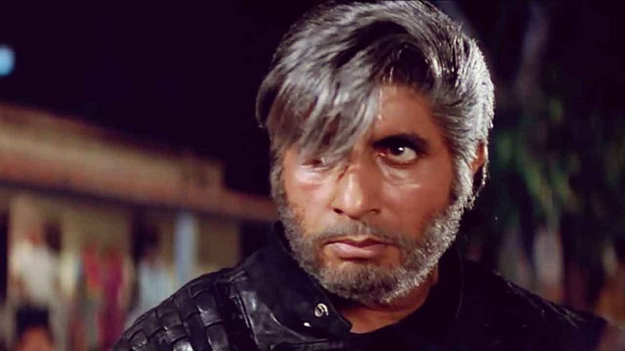 10 famous Amitabh Bachchan dialogues that every movie buff