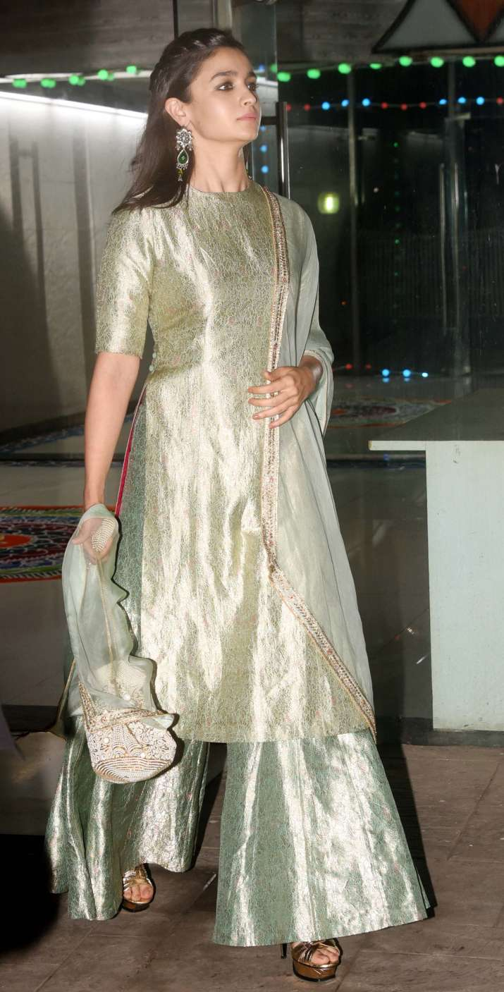 India Tv - Alia Bhatt in pastel green traditional attire
