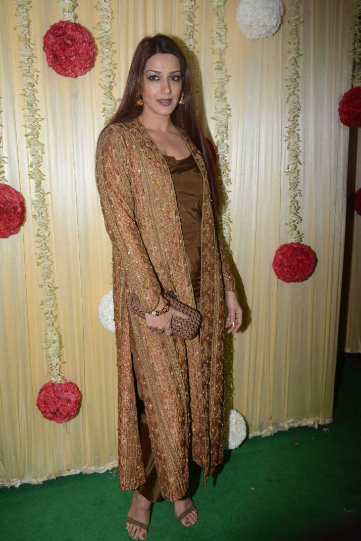India Tv - Sonali Bendre at Ekta Kapoor's Diwali party