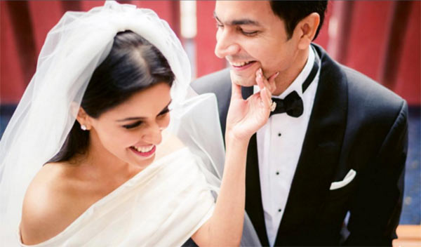 India Tv - Asin-Rahul's love story is so much like a filmy story