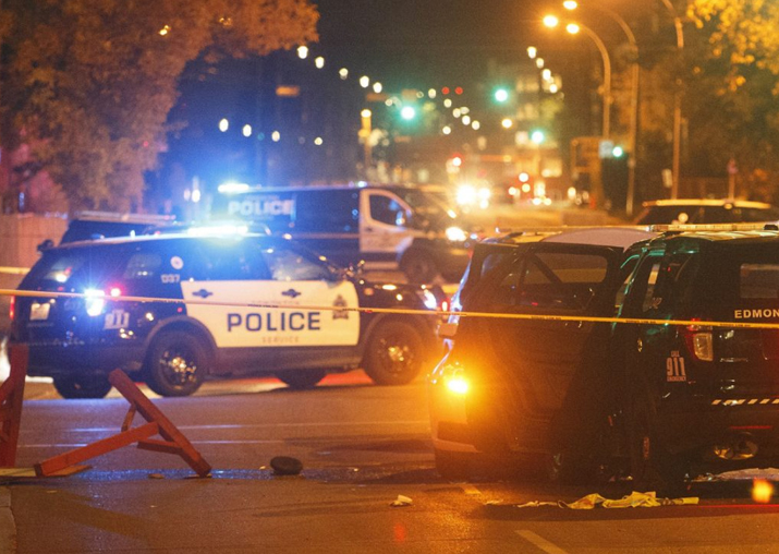 Canadian policeman, four others attacked in 'terror'