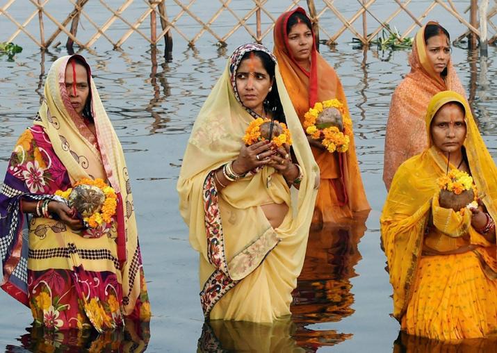 Prayers to setting sun marks Chhath festival in Bihar
