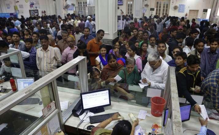 Representative image. Banks witnessed heavy rush in wake of