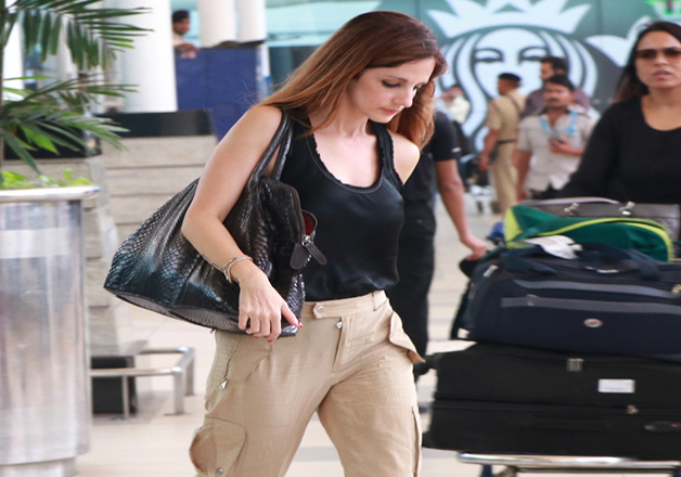 India Tv - Hrithik Roshan's wife Sussanne Khan