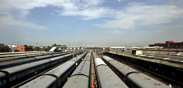 The Indian Railways is seeking 700,000 metric tons of rail