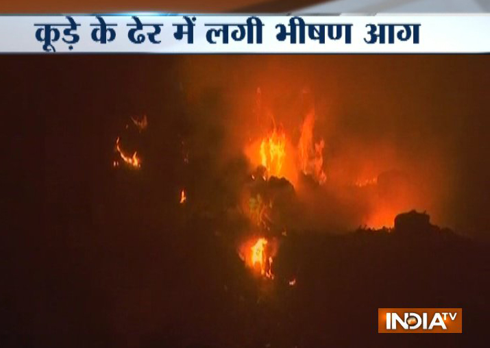 Fire at Ghazipur landfill in east Delhi, none injured