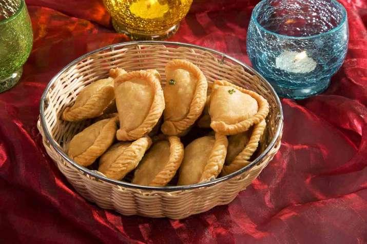 Diwali2017 Make gujiyas guilt-free this festive season
