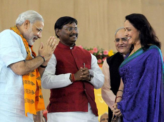 PM Modi with BJP MP Hema Malini and ex CM of Jharkhand,