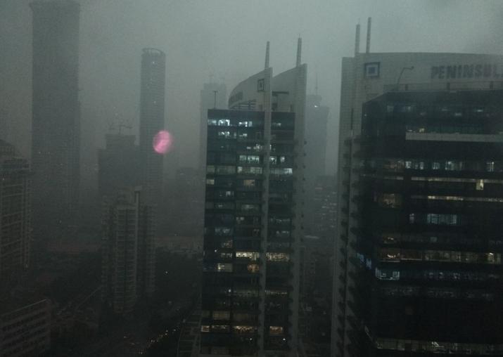 Heavy rains lash Mumbai again, thundershowers likely to