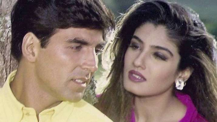 India Tv - Raveena Tandon and Akshay Kumar