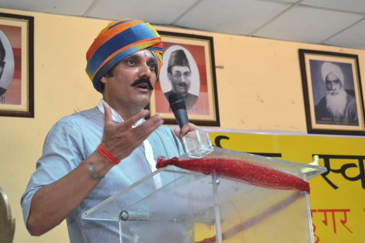 Karan Singh's son Vikramaditya resigns from PDP