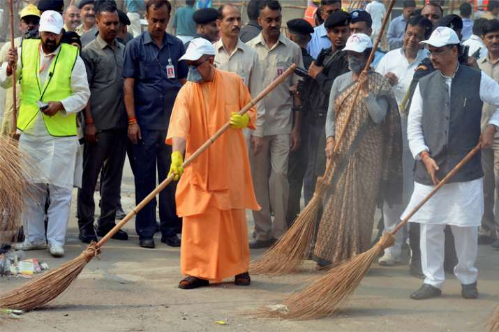 Swachh Bharat and more as Yogi Adityanath visits Taj Mahal