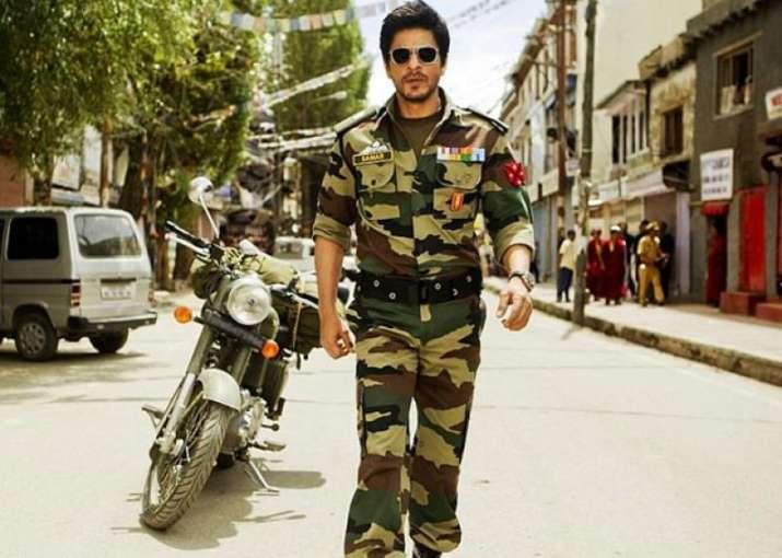 India Tv - Shah Rukh Khan in Army uniform