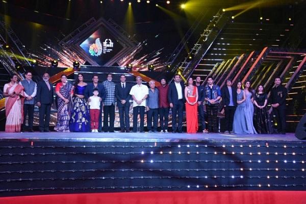 India Tv - Salman Khan, Akshay Kumar, Katrina Kaif and Amitabh Bachchan at IFFI 2017