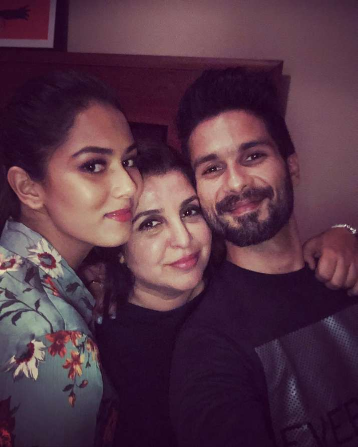 India Tv - Shahid Kapoor with wife Mira Rajput and Farah Khan