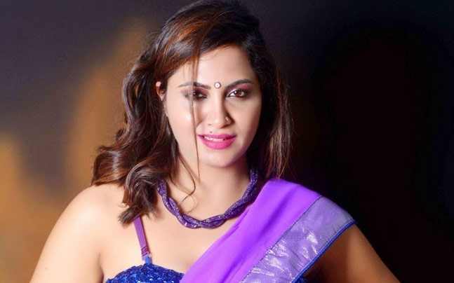 Bigg Boss 11 Arshi Khan's parents reveal it all