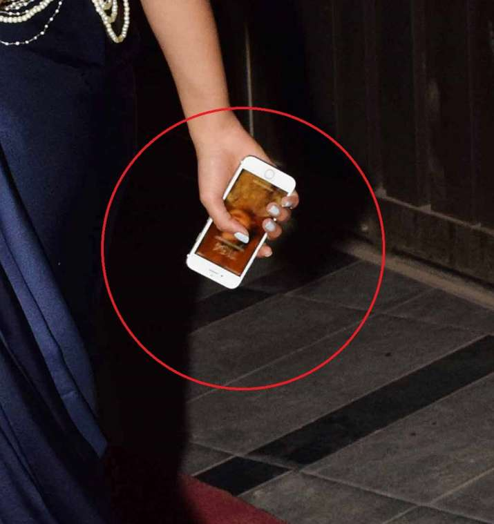 India Tv - Mira Rajput has Misha's picture as her wallpaper