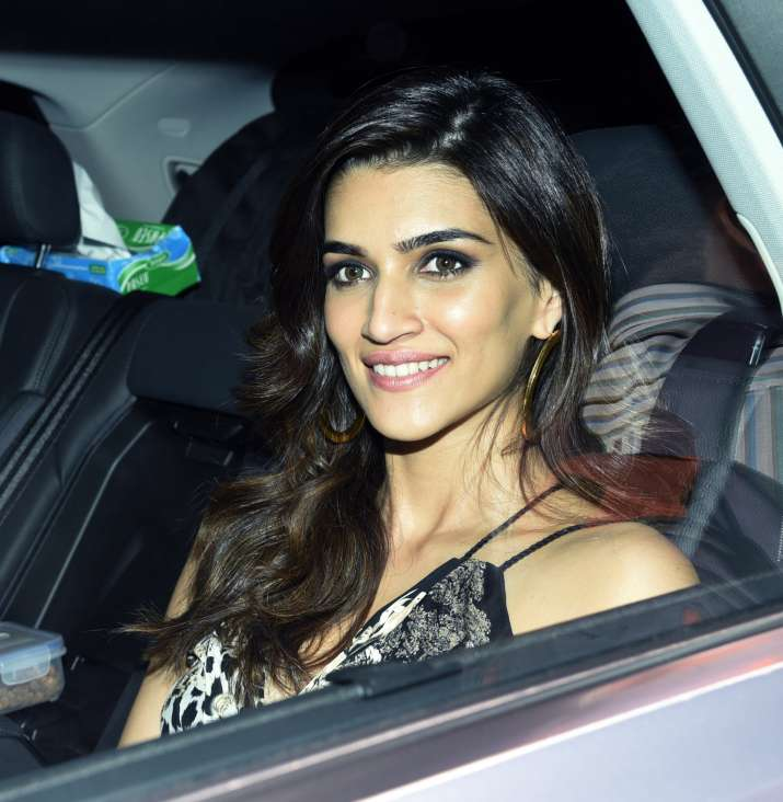 India Tv - Kriti Sanon spotted at Deepika Padukone's party