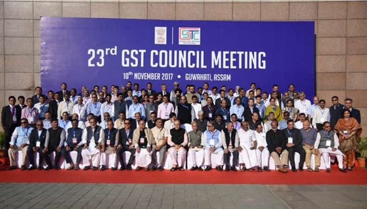India Tv - Arun Jaitley along with Assam Finance Minister Himanta Biswa Sarma and other 24 states finance ministers