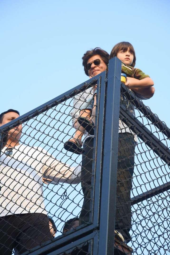 India Tv - Shah Rukh Khan with AbRam