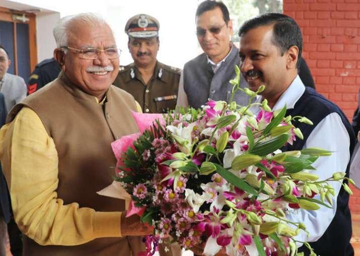 Delhi CM Arvind Kejriwal meets his Haryana counterpart ML