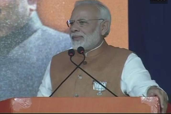 PM Modi in Kamrej: 'People will not accept Congress'