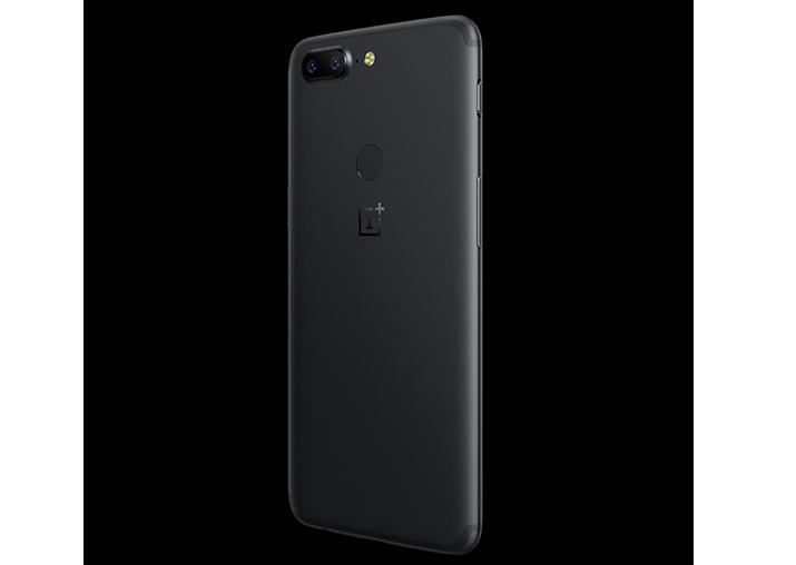 India Tv - OnePlus 5T