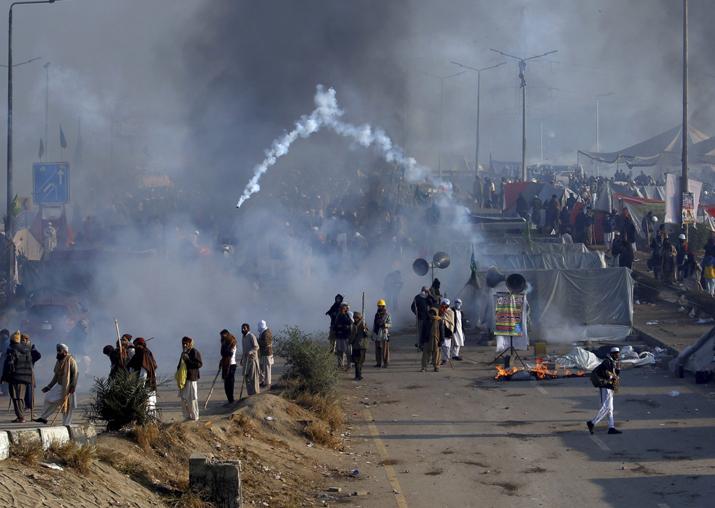 India Tv - Pakistan anti-blasphemy protests