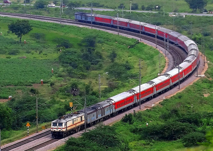 Rajdhani, Shatabdi passengers to get SMS if train late by