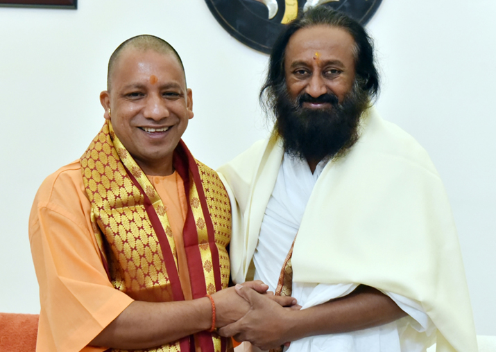 India Tv - Sri Sri Ravi Shankar calls on Uttar Pradesh Chief Minister Yogi Adityanath in Lucknow on Nov 15