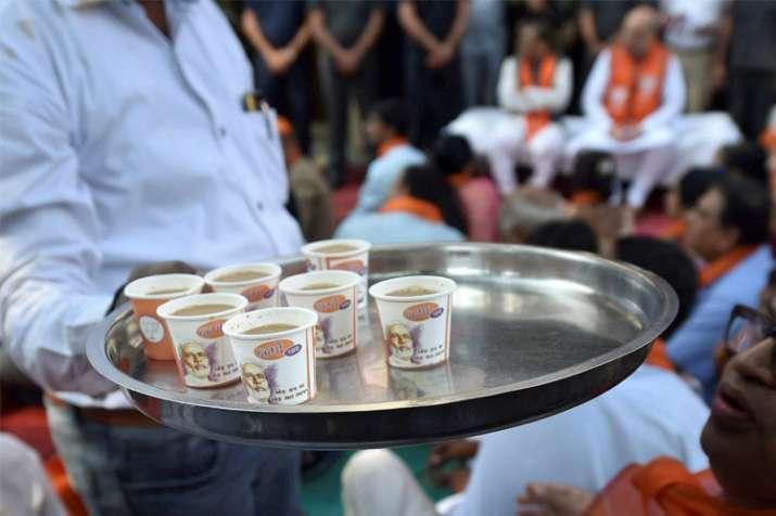 BJP leaders sip tea with people during PM Modi's 'Mann ki