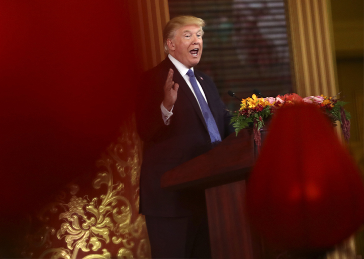 Donald Trump delivers a speech during a state dinner with