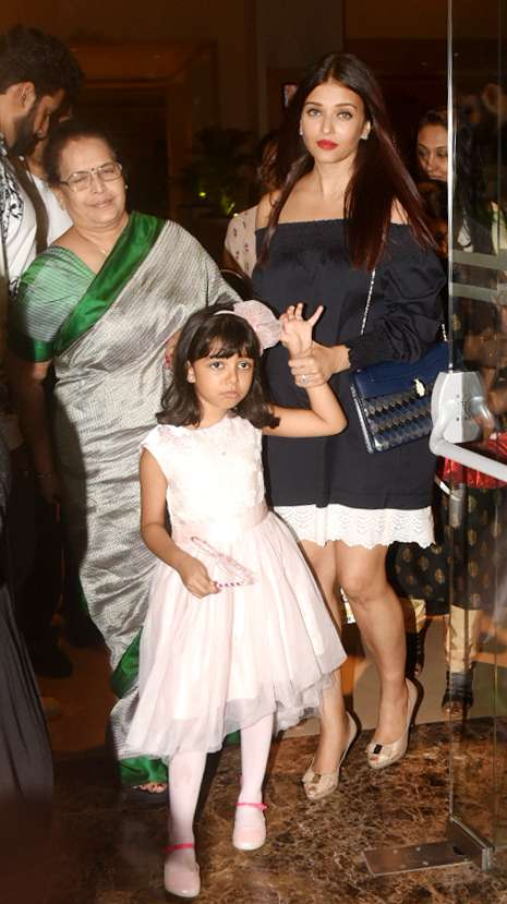 India Tv - Aishwarya, Aaradhya birthday party