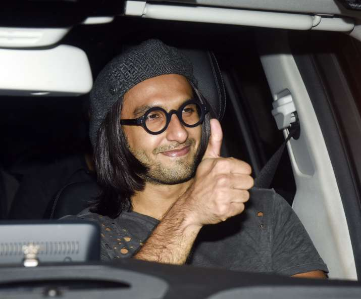 India Tv - Ranveer Singh smiling for the cameras