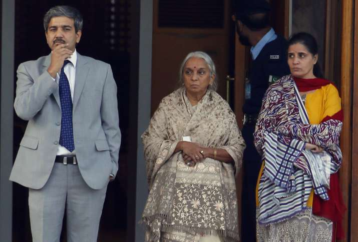India Tv - India's deputy high commissioner JP Singh accompanied Jadhav's mother and wife but was not allowed to speak or listen