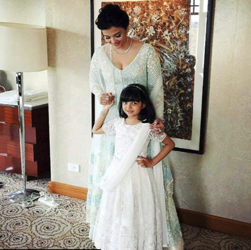 India Tv - Aishwarya Rai Bachchan with her daughter