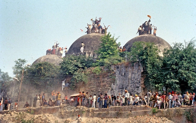 India Tv - 25 years of Babri Masjid demolition: A grim reminder that changed the fabric of Indian politics