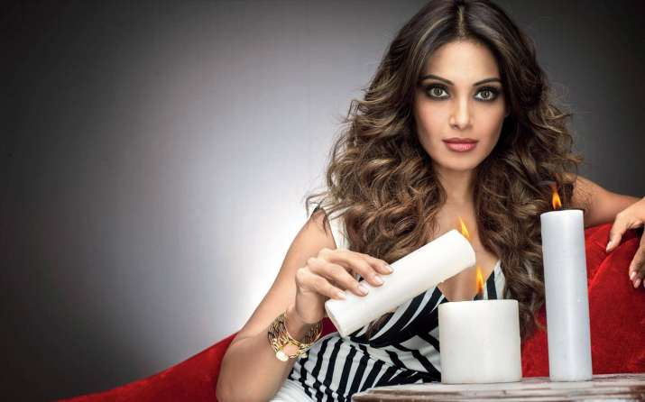 India Tv - Bipasha Basu gives an intense look in this click.