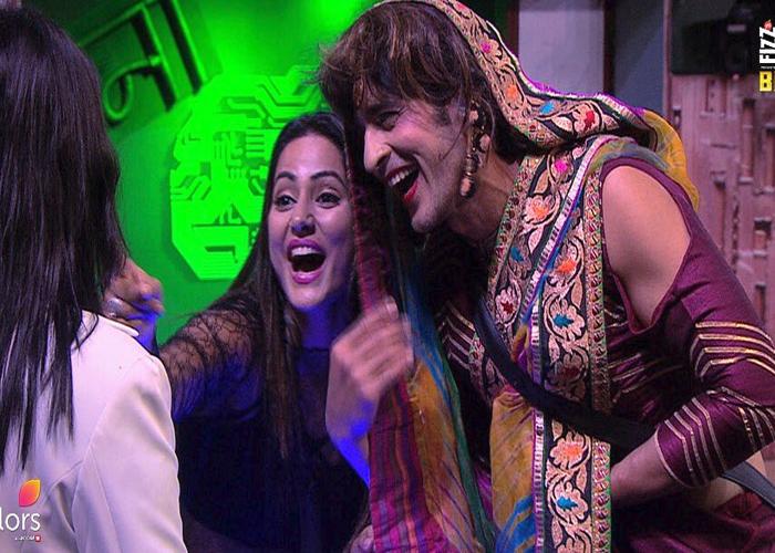 Bigg Boss 11 December 13 Review Priyank Sharma Wears A Bikini