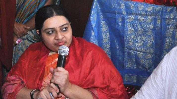 Jayalalithaa's niece Deepa's Chennai party office stoned by