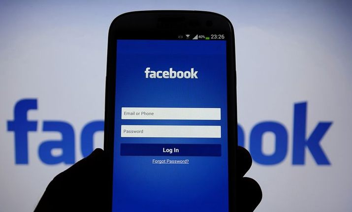 UK man's Facebook account suspended for sharing dead wife's