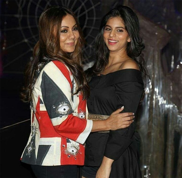 India Tv - Gauri Khan and suhana