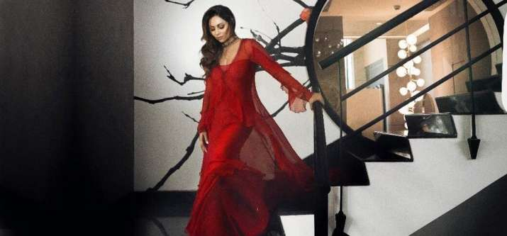 India Tv - Gauri Khan in a red gown