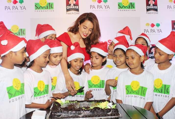 India Tv - Kangana Ranaut celebrates Christmas 2017