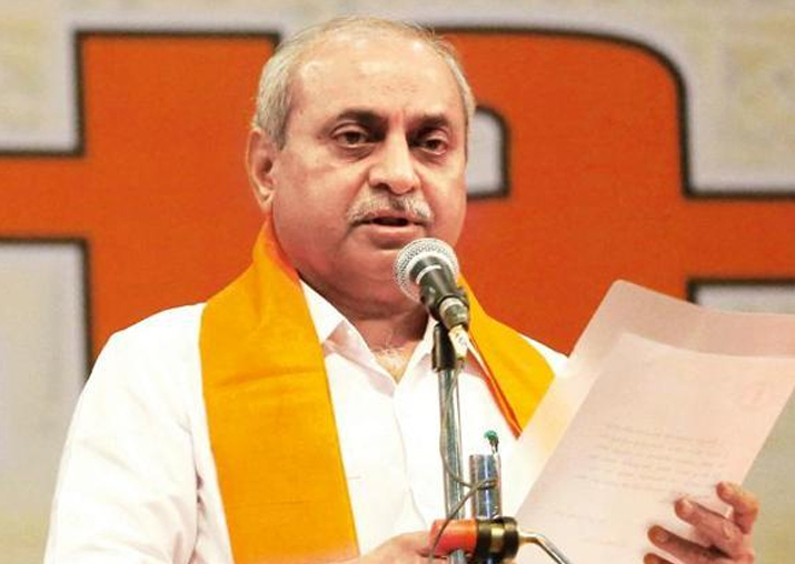 Nitin Patel agrees to take charge of ministries after Amit