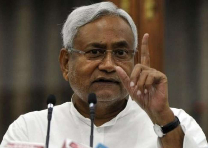 RJD accuses Nitish Kumar of giving up secularism, JD(U)