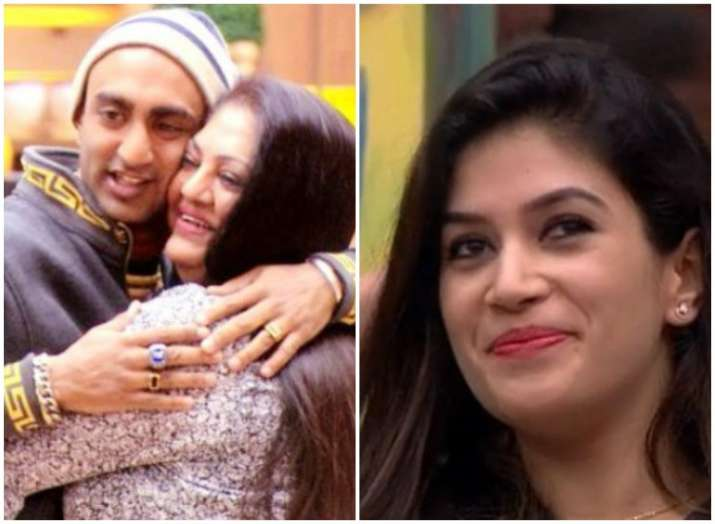 Akash Dadlani's mother cries in Bigg Boss 11